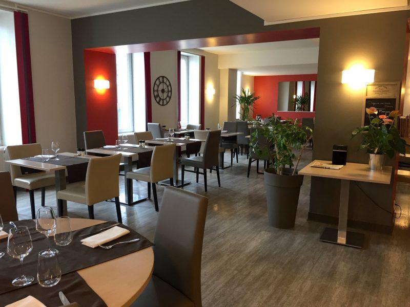 La-Boule-d-Or-Restaurant-03