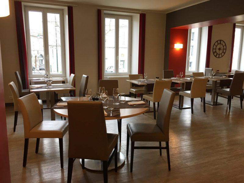 La-Boule-d-Or-Restaurant-04