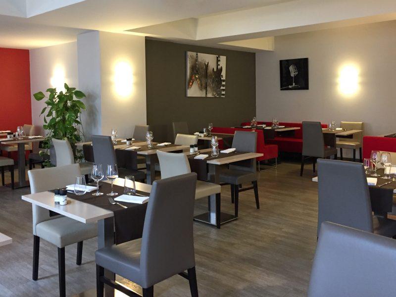 La-Boule-d-Or-Restaurant-06